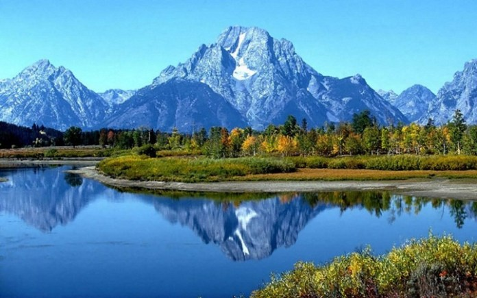 mountain-reflection-14