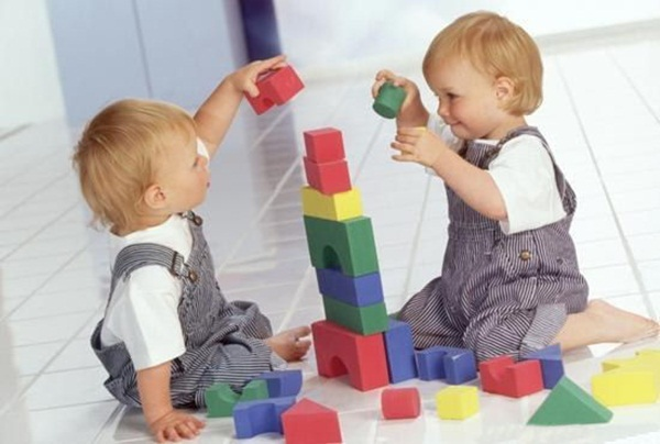 cute-twin-babies- (5)