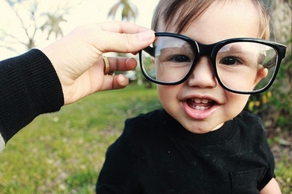 babies-in-glasses- (3)