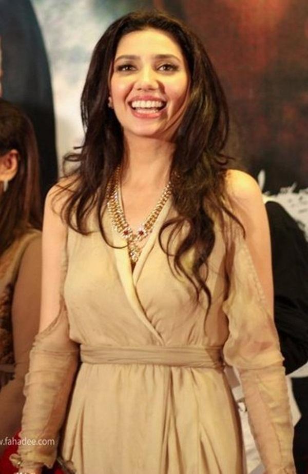 pakistani-actress-mahira-khan-photos- (7)
