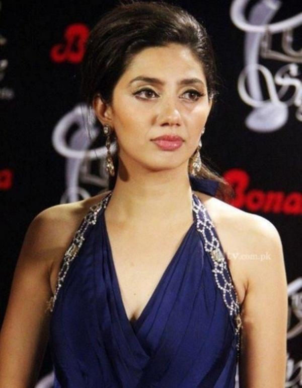 pakistani-actress-mahira-khan-photos-23