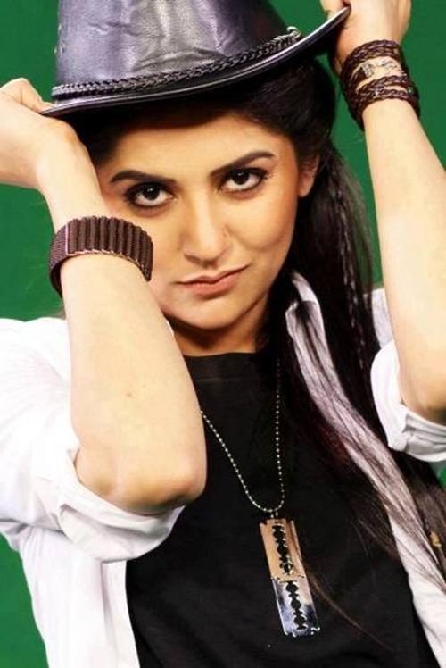 pakistani-actress-sanam-baloch-photos-16