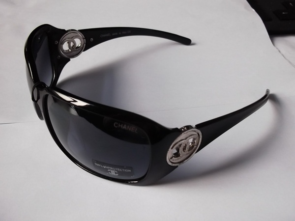 stylish-sunglasses-for-ladies- (16)