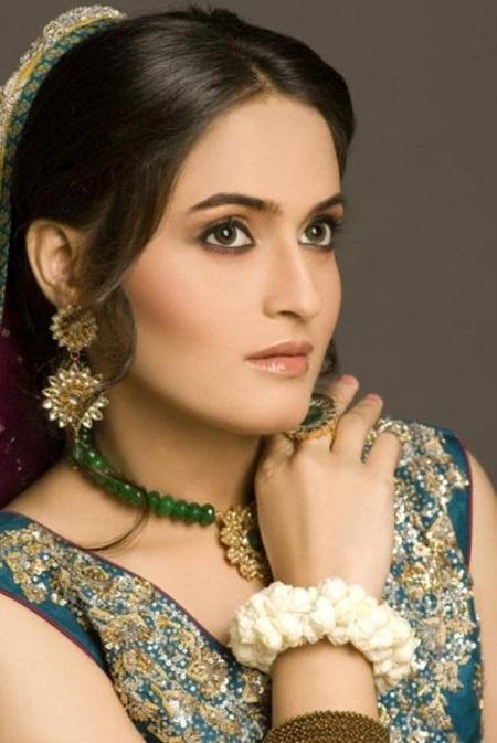 best-bridal-makeup- (4)