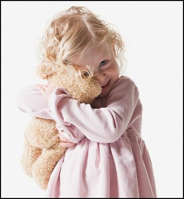 cute-kids-with-teddies- (5)