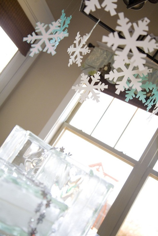 ideas-for-decorating-home-with-snowflakes- (5)