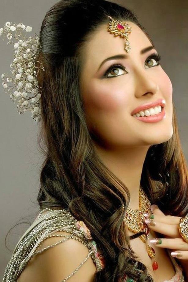 mehwish-hayat-new-photos- (3)