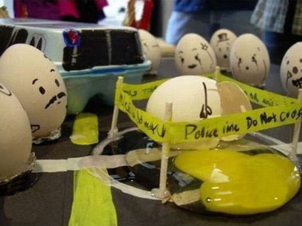 funny-eggs-expression- (7)