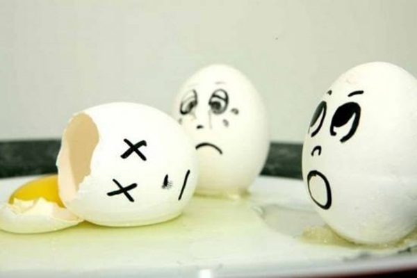 funny-eggs-expression- (24)