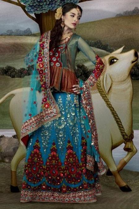 giselli-monteiro-in-indian-wedding-dresses- (9)