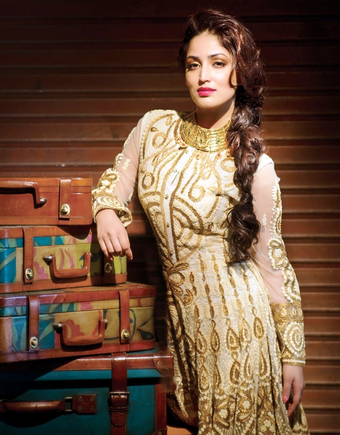 yami-gautam-photoshoot-for-hi-blitz-january-2014- (2)