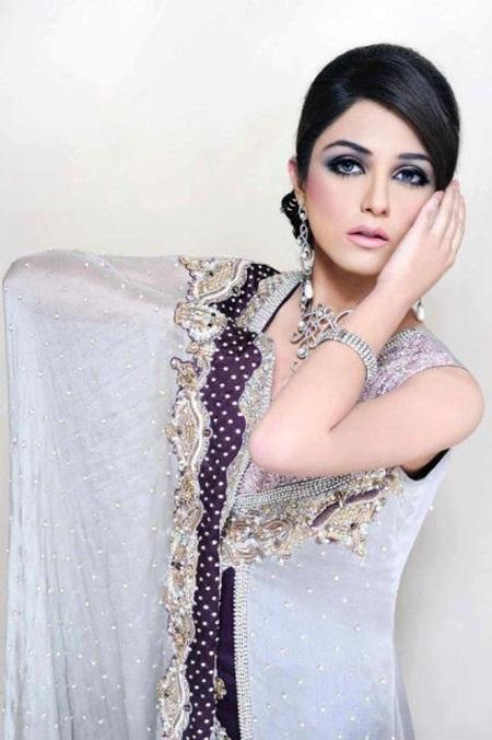 maya-ali-in-bridal-makeup-by-makeup-artist-khawar-riaz- (3)