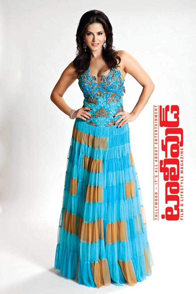 sunny-leone-photoshoot-for-tollywood-magazine-2014- (4)