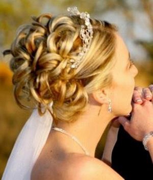 beautiful-bridal-hair-styles-25-photos- (21)