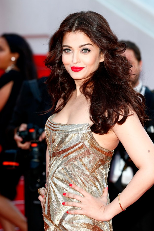 aishwarya-rai-at-cannes-film-festival-2014- (1)