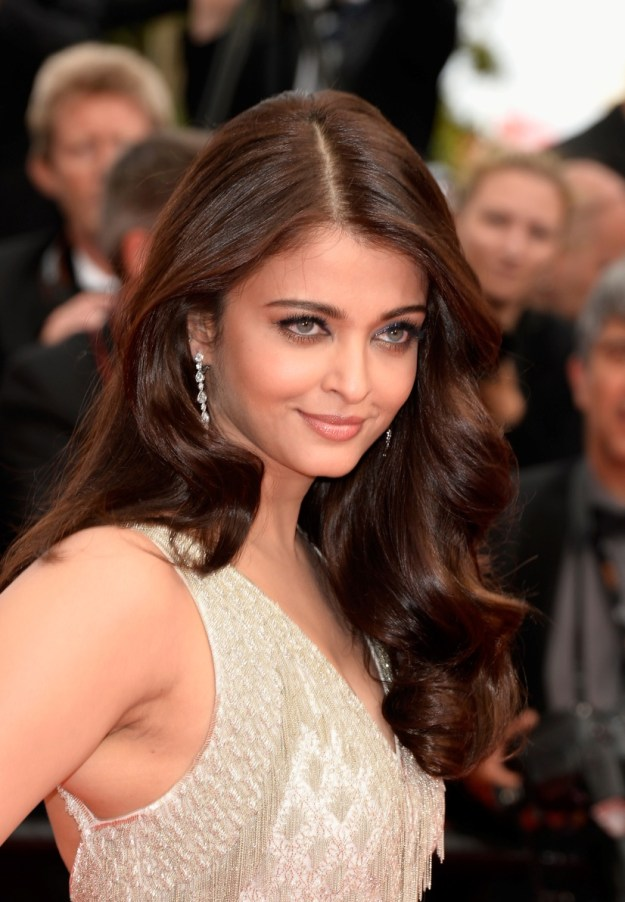 aishwarya-rai-at-cannes-film-festival-2014- (48)
