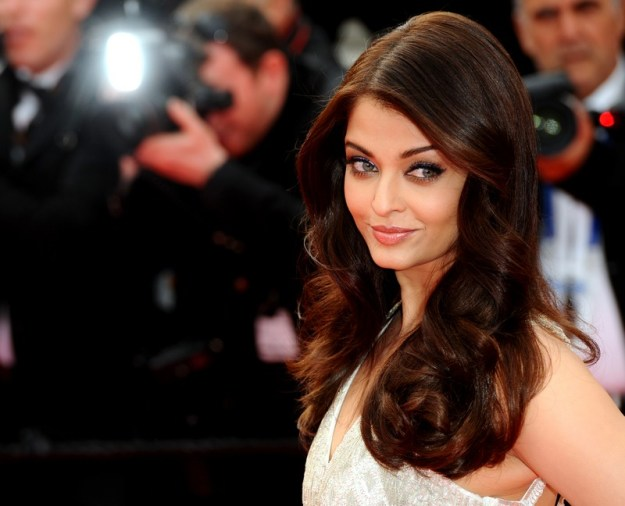 aishwarya-rai-at-cannes-film-festival-2014- (54)