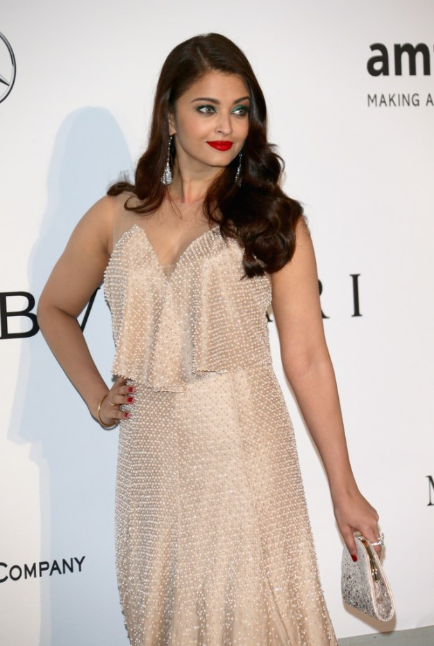 aishwarya-rai-at-cannes-film-festival-2014- (68)