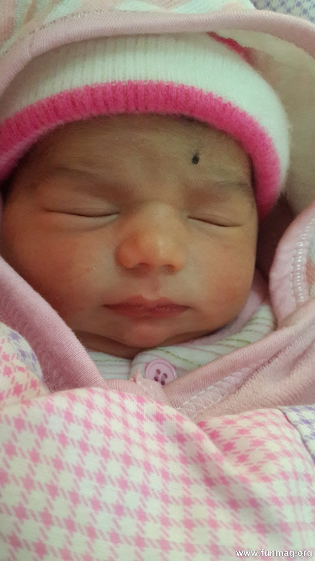 new-born-baby-aizab-31-photos- (11)