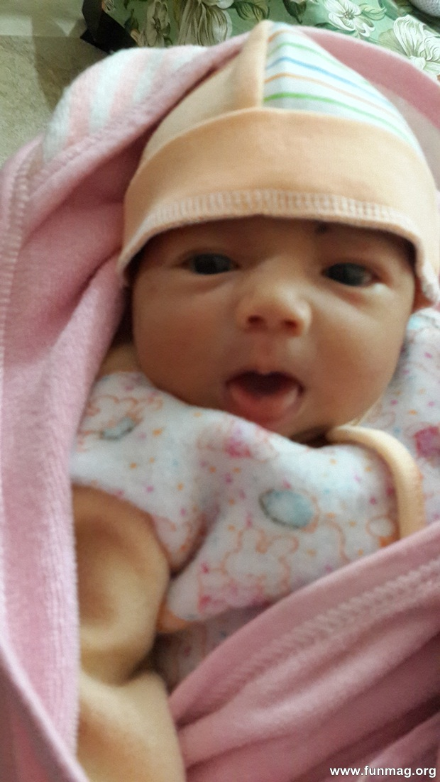 new-born-baby-aizab-31-photos- (19)