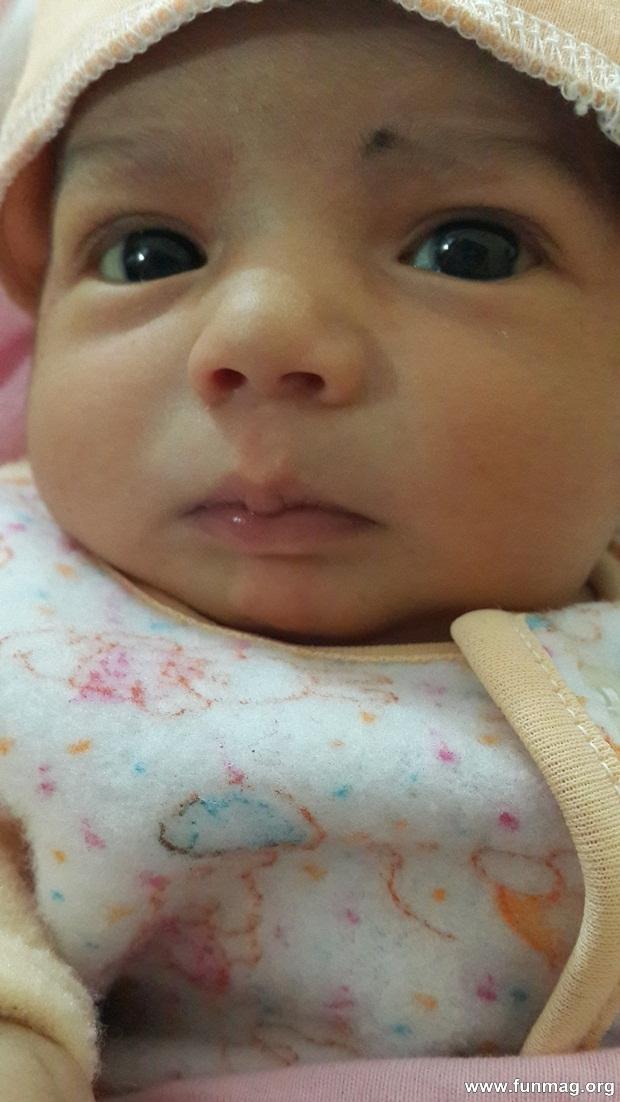 new-born-baby-aizab-31-photos- (20)