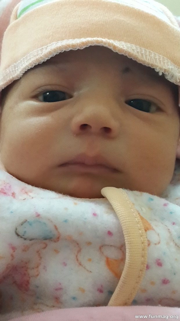 new-born-baby-aizab-31-photos- (23)