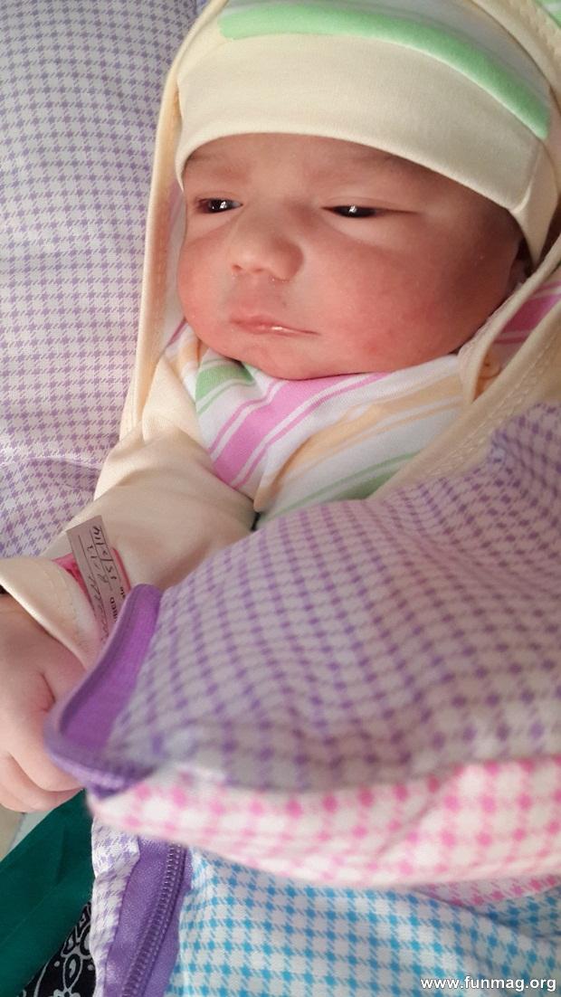 new-born-baby-aizab-31-photos- (9)