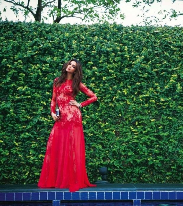 deepika-padukone-photoshoot-for-vogue-magazine-june-2014- (13)