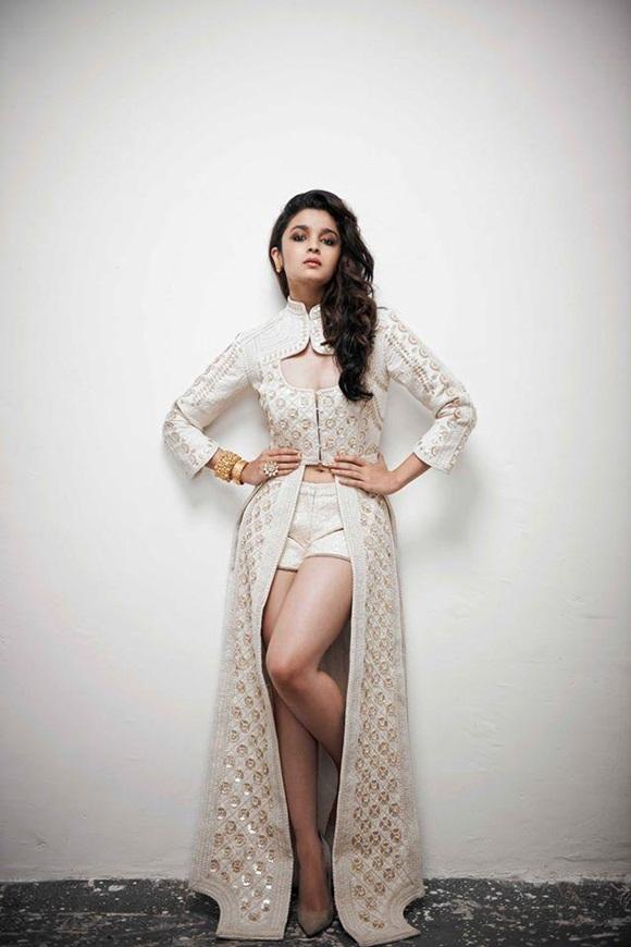 alia-bhatt-photoshoot-for-verve-magazine-august-2014- (4)