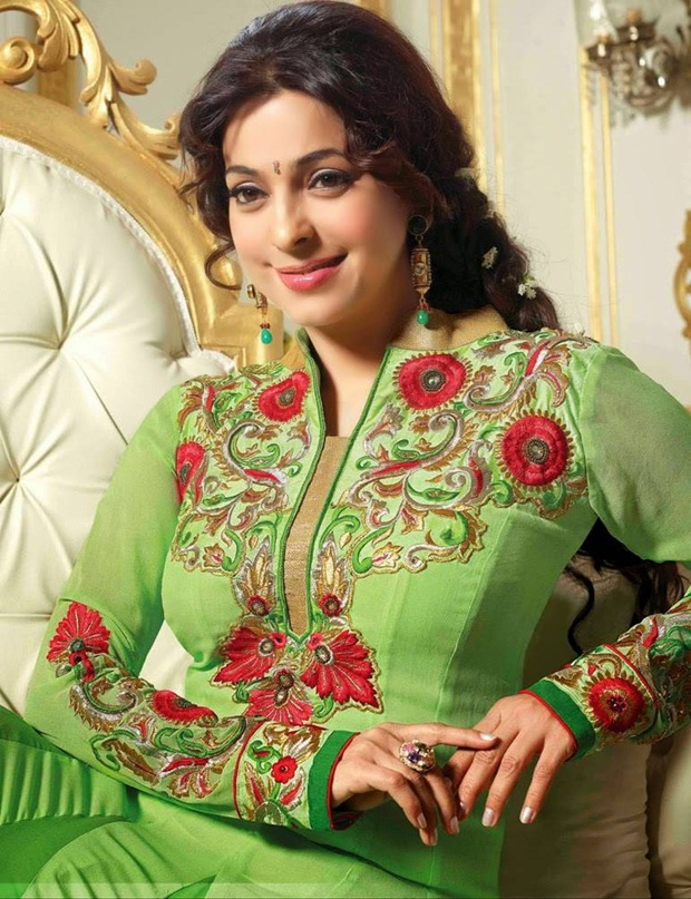 juhi-chawla-indian-party-wear-designer-dresses- (1)