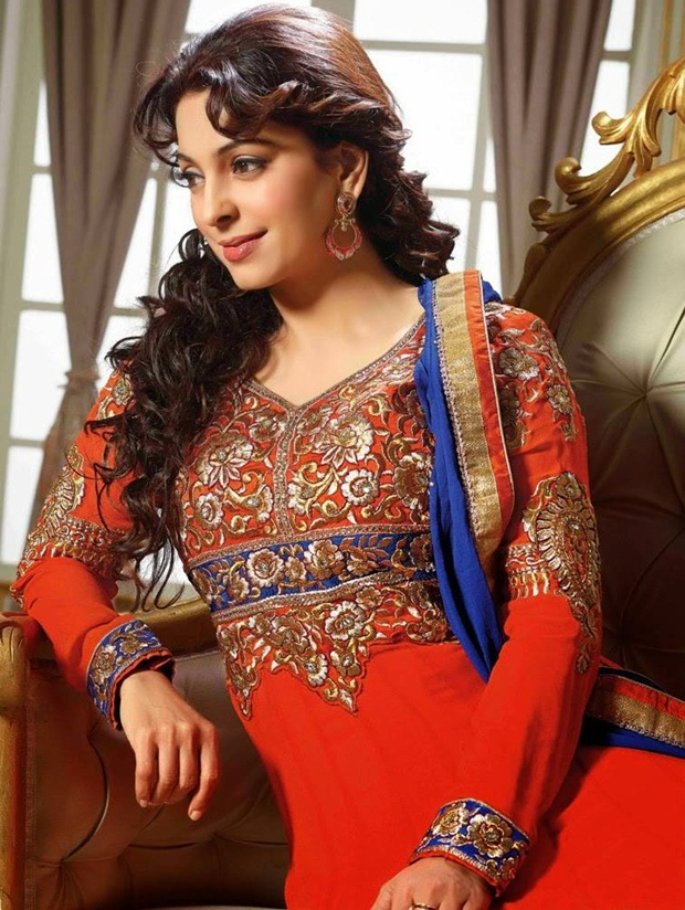 juhi-chawla-indian-party-wear-designer-dresses- (12)