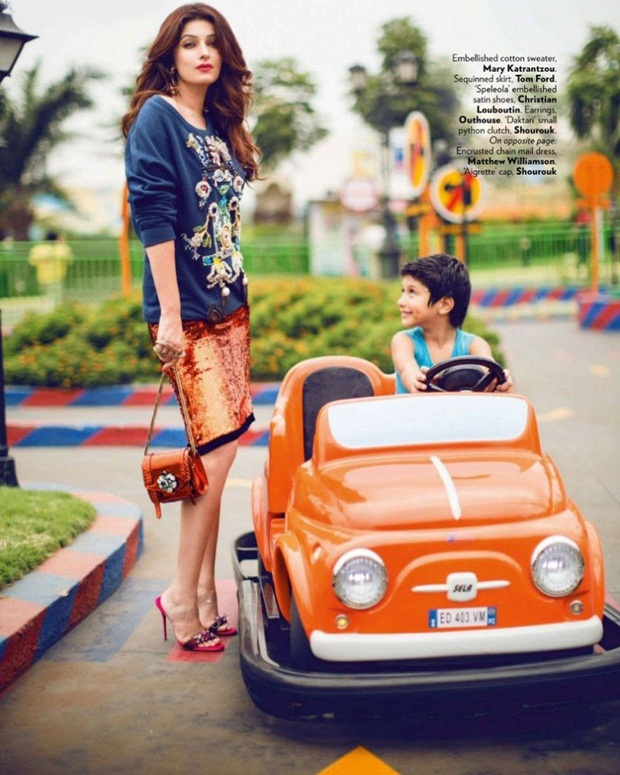 twinkle-khanna-photoshoot-for-vogue-magazine-august-2014- (9)