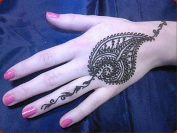 latest-mehndi-designs-for-eid-ul-adha-2014- (8)
