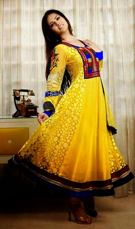 sunny-leone-designer-salwar-kameez-2014- (12)