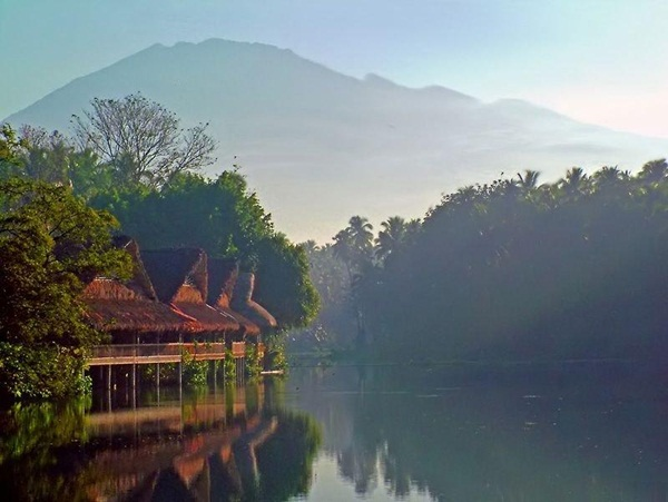 beautiful-lake-19-photos- (19)