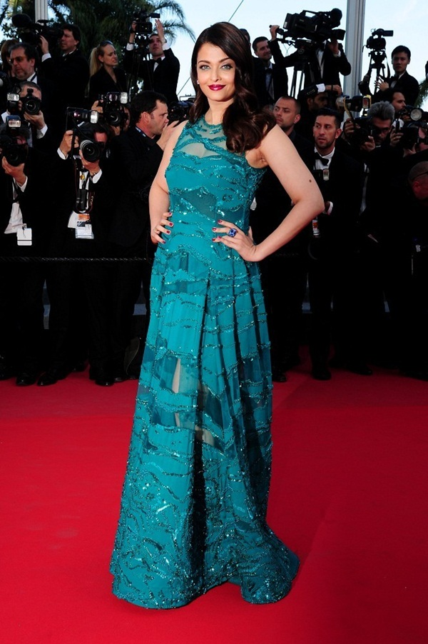aishwarya-rai-at-cannes-premiere-of-carol-2015- (14)