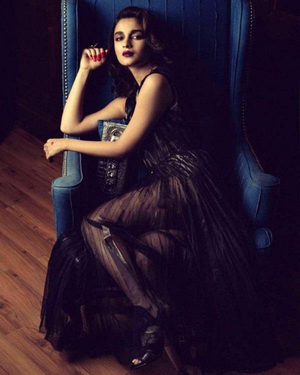 alia-bhatt-photoshoot-for-harpers-bazaar-bride-magazine-september-2015- (3)
