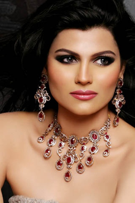 latest-jewelry-collection-by-sarwan-jewelers- (3)