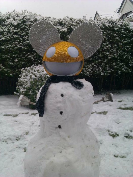 funny-snowman- (6)