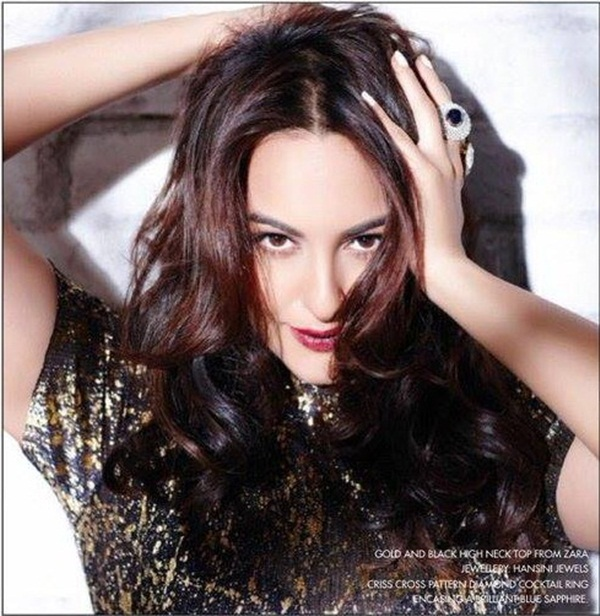sonakshi-sinha-photoshoot-for-cine-blitz-december-2015- (7)