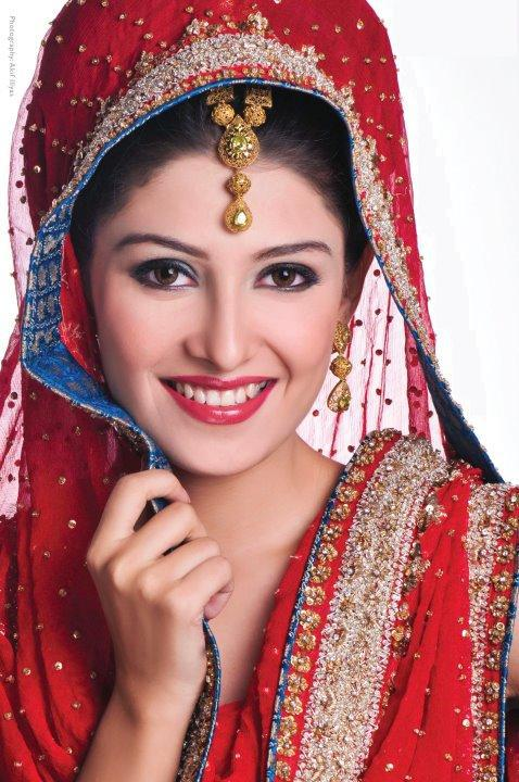 aiza-khan-bridal-photoshoot- (5)