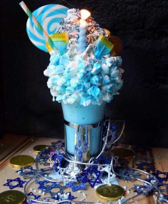 best-giant-milkshakes-from-newyork- (12)