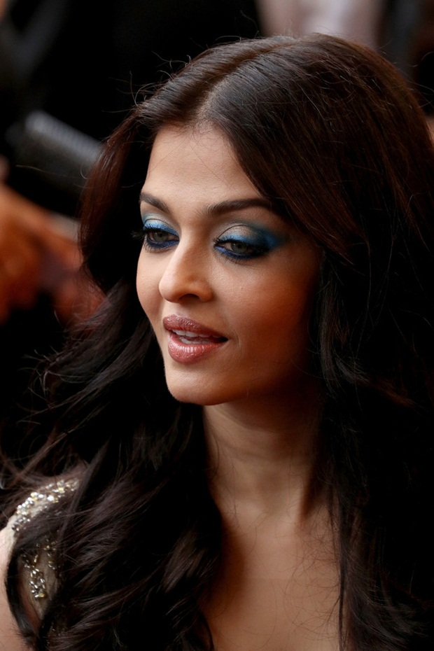 aishwarya-rai-in-cannes-2016- (9)