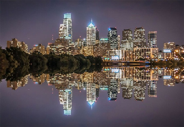 grand-buildings-reflected-in-water- (21)