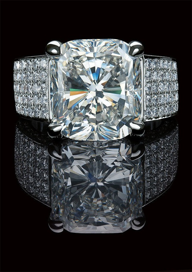 elegant-jewelry-with-precious-diamonds-and-stones- (26)