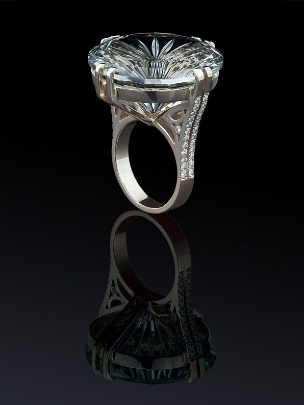 elegant-jewelry-with-precious-diamonds-and-stones- (6)
