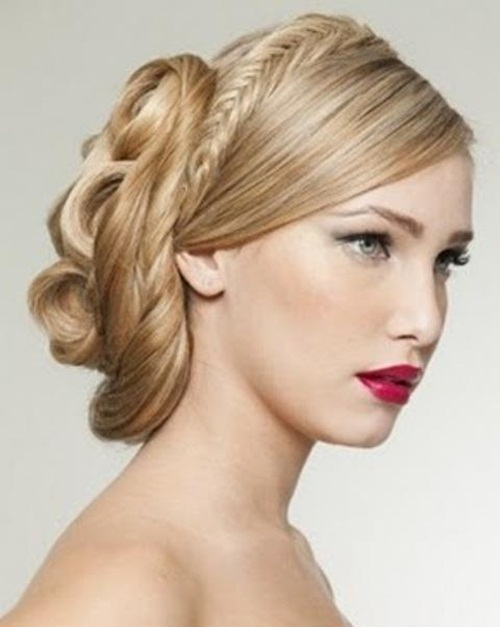 latest-easy-hairstyles-for-special-day- (10)