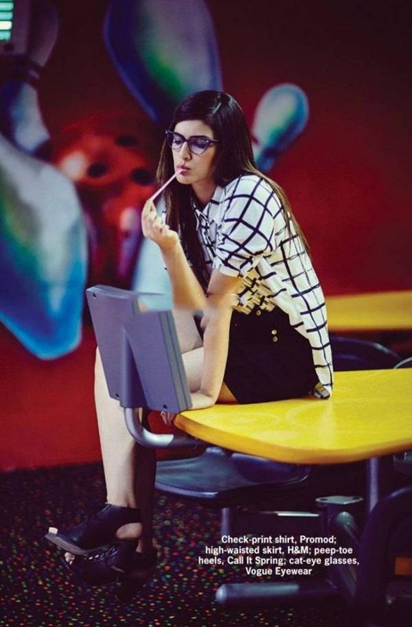 kriti-sanon-photoshoot-for-cosmopolitan-magazine-july-2016- (4)