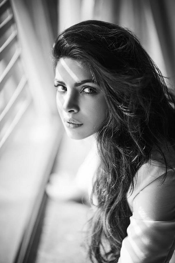 priyanka-chopra-photoshoot-for-filmfare-magazine-october-2016- (9)