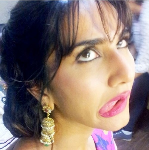 funny-expressions-of-bollywood-celebrities- (1)